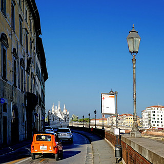 Pisa - Renault 4