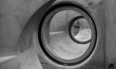 Kreise (1) / circles (1) (Lichtabfall) Tags: schwarzweiss einfarbig monochrome sw blackandwhite blackwhite bw buchholzidn buchholz kreise circles beton concrete