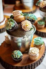 Cupcake Flowers (brian_barney9021) Tags: cupcakes wedding cake dessert food frosting flowers bucket