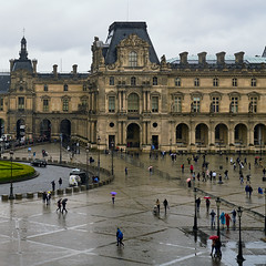 Rainy Day at The Louvre (szeke) Tags: louvre museum building square rain architecture landmark paris france people
