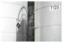 Missing tank (leo.roos) Tags: storagetank tank reservoir opslagtank konwilhelminahavennoordzijde harbour haven vlaardingen meyerorestor13528 1969 m42 zebra a7rii day135 dayprime dayprime2018 dyxum challenge prime primes lens lenzen brandpuntsafstand focallength fl darosa leoroos