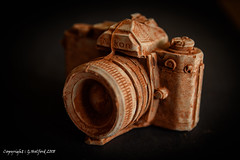Chocolate Camera (Holfo) Tags: camera nikon chocolate solid cocoa macro d750