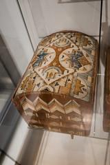 Porcupine quill box from Mi'kmaq people (quinet) Tags: 2017 aborigène canada firstnations indian kunst ontario rom royalontariomuseum toronto ureinwohner aboriginal art museum musée native 124