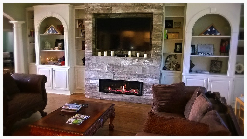 Valor L2 Linear Gas Fireplace. Cleveland, Tn.