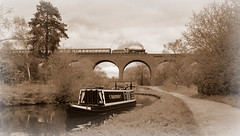 Passing times (Duck 1966) Tags: bradleymanor 7802 svr timelineevents steam locomotive train canal barge
