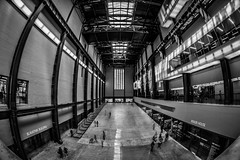 Tate Modern (Kilian ALL) Tags: londres london angleterre england royaume uni united kingdom hdr high dynamic range photomatix noir et blanc nb black white bw opteka 65mm fisheye tate modern museum