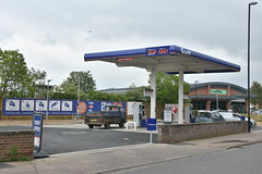 Gulf, Wells Next the Sea Norfolk. (EYBusman) Tags: gulf petrol gas gasoline filling service station garage wells next sea norfolk new build unmanned certas energy eybusman polka road