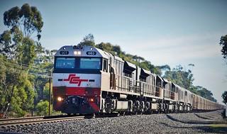 SCT003+SCT012+SCT011+CSR007+CSR010 with SCT train #4PM9 near Stawell, Vic (2)