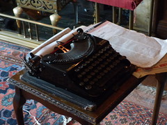 Wightwick Manor - Library - typewriter - Remington Compact Portable (ell brown) Tags: wolverhampton blackcountry westmidlands england unitedkingdom greatbritain tettenhall wightwick tettenhallwightwick nationaltrust thenationaltrust wightwickmanorgardens bridgnorthrd wightwickbank mander manderfamily theodoremander wightwickmanor gradeilistedbuilding gradeilisted edwardould williammorris cekempe tree trees brickwithashlardressingsandtimberframingtileroofswithbrickstacks vernacularrevivalstyle oldmanor oldmanorhouse library typewriter remingtoncompactportable