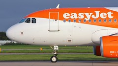 G-EZFV (AnDyMHoLdEn) Tags: easyjet a319 egcc airport manchester manchesterairport 23l