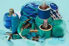 Sewing Tools (Chandana Witharanage) Tags: srilanka southasia lifeisarainbowoneyearincolours may turquoise 1952weeks sewing thimbles spools buttons sewingsupplies sewingtools spoools threads canoneos7d ef100mmf28lmacroisusm chandanawitharanagephotography macromademoiselle cottonthreads smileonsaturday thread