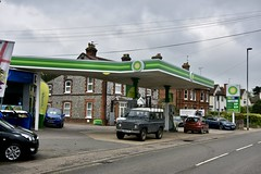 BP, Holt Norfolk. (EYBusman) Tags: bp petrol gas gasoline filling service station garage holt norfolk town centre eybusman