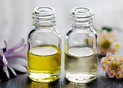 essential oil (khawari_afnan) Tags: essentialoil scent perfume bottle flowers aromatic aromatherapy natural oil essence closeup beauty product herbal alternative spaproducts wellness wellbeing health stilllife pamper luxury harmony traquility brighthigh keysoft