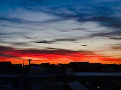 burning sky (Sigi.Ludwig) Tags: iphone sunset sonnenutergang wolken cloud burningsky