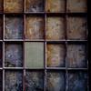 wink (jtr27) Tags: dscf8542xl jtr27 fuji fujifilm xt20 xtrans minolta md 28mm f28 manualfocus red square window reflection plywood