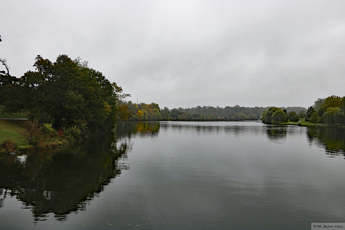 Delaware Park (Buffalo, New York state) [Haze removed]