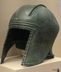 Aiani Museum, Illyrian  (Archaic ) Type 1 Bronze Helmet (2).JPG (tobeytravels) Tags: macedon macedonia alexanderthegreat alexandrthe3rd votive gravegoods