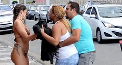 Loira quer opinião masculina sobre seus nudes e arranja briga com a mulherada (portalminas) Tags: loira quer opinião masculina sobre seus nudes e arranja briga com mulherada