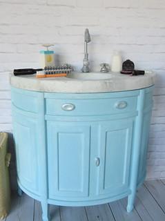5. Barbie's bathroom sink