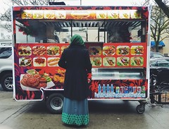 🍅🍗🌶 (0sire) Tags: halal cart woodhaven queens nyc newyorkcity people rain raining overcast cloudy