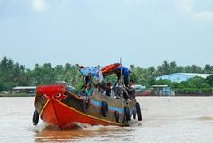 Can Tho river au Vietnam (sami 51) Tags: rivière river cantho vietnam sud travel voyage boat water asie asian nikon outdoor extérieur sky