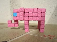 Elephant (Origaiku) Tags: origami modulaire elephant sonobe cube modular