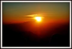"INDONESIEN, Java, Sonnenaufgang am Gunung BROMO , (serie), 17409/9965 (roba66) Tags: urlaub reisen travel explore voyages visit tourism roba66 asien asia inselstaat java ostjava bromo vulkan volcano ""gunungbromo"" stratovulkan tenggermassiv"" nationalpark sonne sun soleil sole sonnenaufgang sunrise himmel sky ciel clouds wolken"