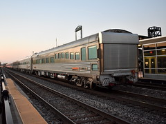 Classy (Robby Gragg) Tags: bnsf business theater car 32 joliet