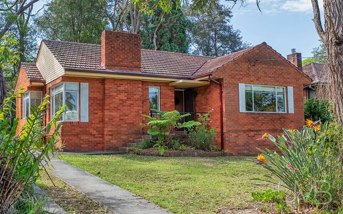 18 Berilda Av, Warrawee NSW 2074