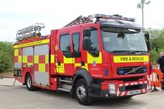 KN62 RHK (Ben Hopson) Tags: county durham darlington fire rescue service cddfrs volvo pumo appliance ladder 1 wholetime p1 one delta twelve d12 d12p1 999 2012 bishop station kn62 rhk kn62rhk auckland