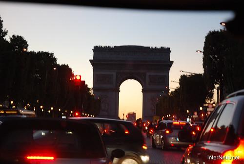 Париж, Єлісейські поля InterNetri  France 018