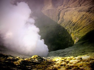 INDONESIEN, Java,  Blick in den Bromo-Krater, 17474/10040
