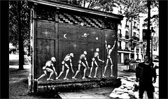 Il n'y a pas de quoi être fier (mamasuco) Tags: nikon d7000 festiwall noiretblanc ngc graffitis streetart canaldelourcq