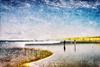 Sentir avant de voir (Fabrice Le Coq) Tags: mer soleil plage silouhète vague sable été océan dune bleu jaune sel iodé