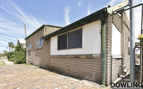 35 William St, Stockton NSW 2295