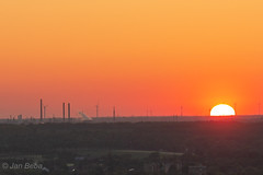 Schon zur Hälfte unter dem Horizont (dg3yjb) Tags: haldehoheward sonneuntergang