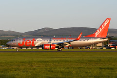 G-JZHR Boeing B737-8MG EGPH 16-05-18 (MarkP51) Tags: gjzhr boeing b7378mg b737 jet2 ls exs edinburgh airport edi egph scotland aviation aircraft airplane plane image markp51 sunshine sunny airliner nikon d7200 aviationphotography