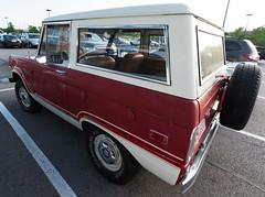 Early Ford Bronco (A  Train) Tags: nikond750 nikon tamron1530mm wideangle ford fordbronco bronco dailydriver lexington lexingtonkentucky 4x4 offroad suv