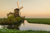 Sunrise Aarlanderveen 20 (M van Oosterhout) Tags: sunrise sun zonsopkomst nederland netherlands holland dutch alphen aan den rijn aarlanderveen windmill molen