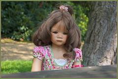 Milina ... wo ist denn das Picknick ... (Kindergartenkinder 2018) Tags: kindergartenkinder schloss lembeck annette himstedt dolls milina