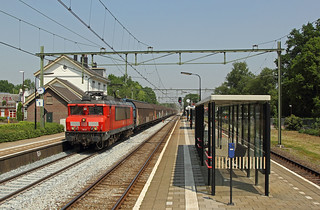 DBC 1614 met trein 61071