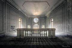 (Michal Seidl) Tags: abandoned hospital psychiatric abbandonato manicomio q opuštěná léčebna psychiatrická nemocnice blázinec urbex hdr italy staircase stairs schodiště