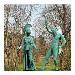 #metoo (ngbrx) Tags: copenhagen denmark kopenhagen københavn dänemark danmark sculpture skulptur statue park garten garden