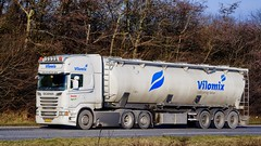 AJ24386 (18.02.08, Motorvej 501, Viby J)DSC_0853_Balancer (Lav Ulv) Tags: articulated artic trækker hauler semi tractorunit tractor trailer sattelschlepper sattelzug auflieger zugmaschine vilomix danishagro scania scaniarseries rseries pgrseries 2013 r560 v8 topline e5 euro5 6x2 r6 silo feed futter tanker tankvogn tankwagen tanktruck truck truckphoto truckspotter traffic trafik verkehr cabover street road strasse vej commercialvehicles erhvervskøretøjer danmark denmark dänemark danishhauliers danskefirmaer danskevognmænd vehicle køretøj aarhus lkw lastbil lastvogn camion vehicule coe danemark danimarca lorry autocarra motorway autobahn motorvej vibyj highway hiway autostrada