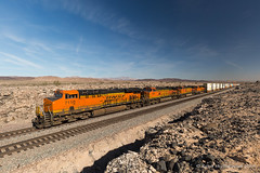 WB at Ash Hill (Reed Skyllingstad) Tags: 4888 5317 6742 7110 ashhill bnsf burlingtonnorthernsantafe c449w california color desert es44c4 ge generalelectric intermodal mojavetrip2018 outdoors outside railroad railway stacktrain sunny tracks train transcon unitedstatesofamerica locomotive