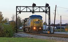 Covington (GLC 392) Tags: csx csxt q316 covington ky kentucky ge cw408 c408w 7812 5244 gevo es40dc railroad railway train cpl bo color position light signal dusk sun set sunset
