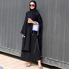 #Repost @abaty_blog with @instatoolsapp ・・・ حبيت العبايه نظام قطعتين وقصتها مرتبه ستايل راقي وعملي بنفس الوقت '. الحميل دايما يلبس جميل @haneenalsaify #subhanabayas #fashionblog #lifestyleblog #beautyblog #dubaiblogger #blogger #fashion #shoot #fashiondes (subhanabayas) Tags: ifttt instagram subhanabayas fashionblog lifestyleblog beautyblog dubaiblogger blogger fashion shoot fashiondesigner mydubai dubaifashion dubaidesigner dresses capes uae dubai abudhabi sharjah ksa kuwait bahrain oman instafashion dxb abaya abayas abayablogger