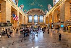 Grand Central Station (_gate_) Tags: nyc usa new york city grand central terminal station architecture train united states america dollar ny old tamron 1530mm vc nikon d750 travel urlaub trip gate patrick stargardt 2018 may mai personen gebäude bogen decke architektur
