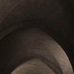 Padova (nicolamarongiu) Tags: ombre luci chiaroscuri archi portici architettura padova minimalism anstract curve
