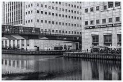 DLRBW (5Cantonas) Tags: alanbathamimages canarywharf dlr tfl londonstreets